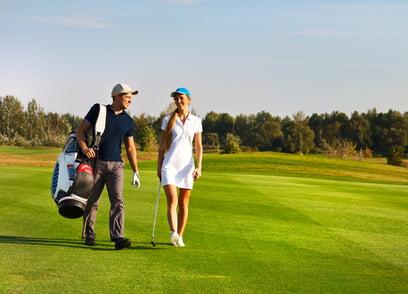 coppia durante la fiera internazionale del golf a casa de campo