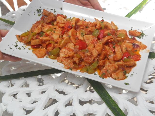 lambi mollusco marino cucinato alla creola