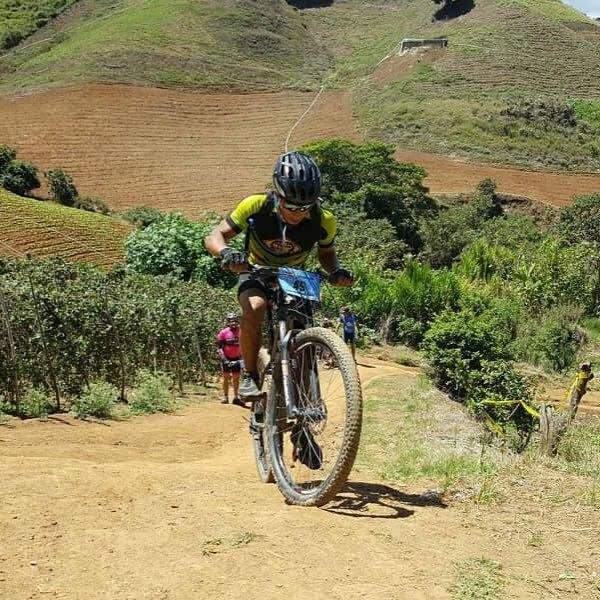 mountain biking a Constanza